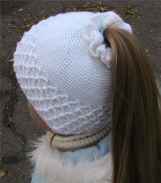 Вязание шапок для девочек соты