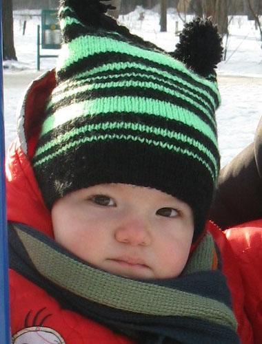 Вязание на спицах схемы описание моделей для детей шапки